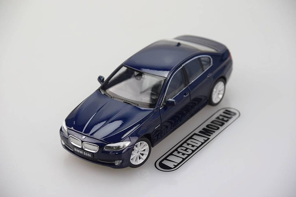 Welly BMW 535i 1:24 modrá