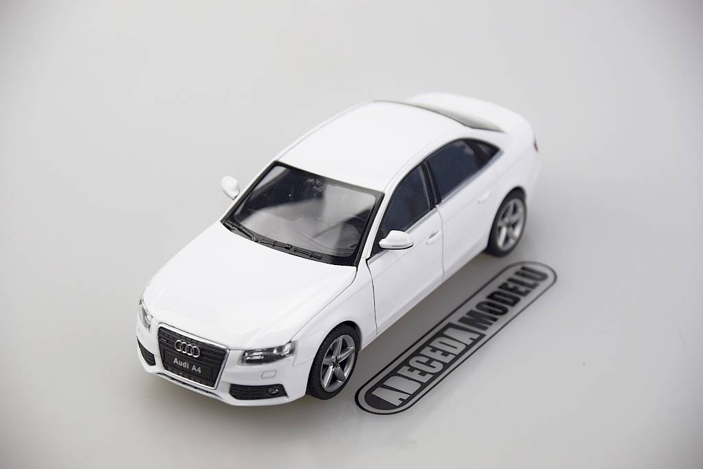 Welly Audi A4 1:24