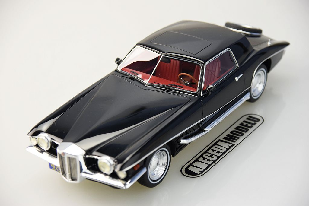 Stutz Blackhawk Coupe 1971