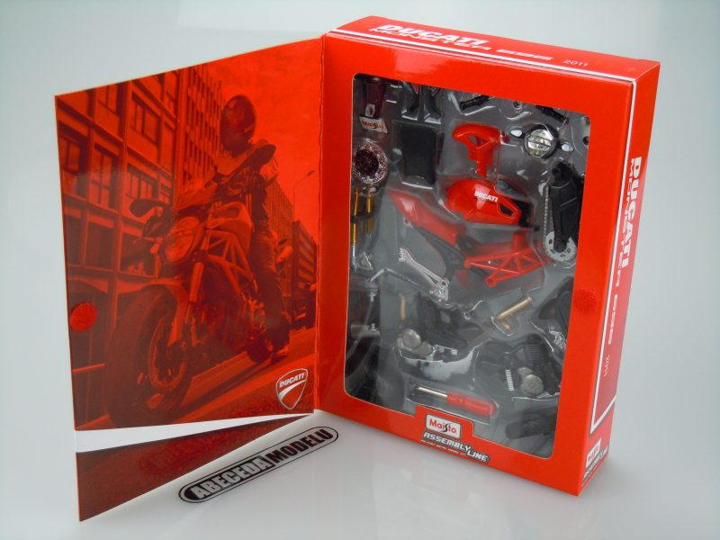 Ducati Monster 696 2011 Kit