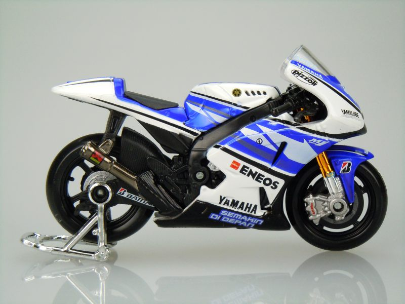 YAMAHA YZR-M1 2012 No.11 B.Spies