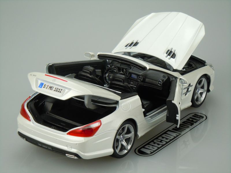 Mercedes Benz SL 500 Convertible 2012