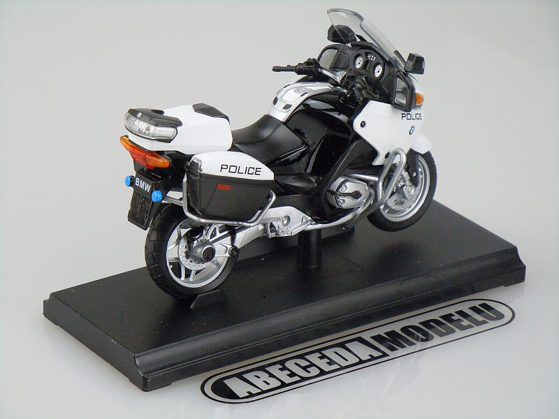 welly 1 18 bmw r1200rt police white code welly 12811. Black Bedroom Furniture Sets. Home Design Ideas