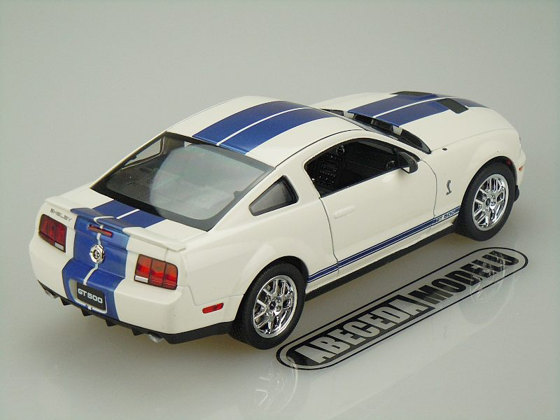 Ford Shelby Cobra GT500 2007