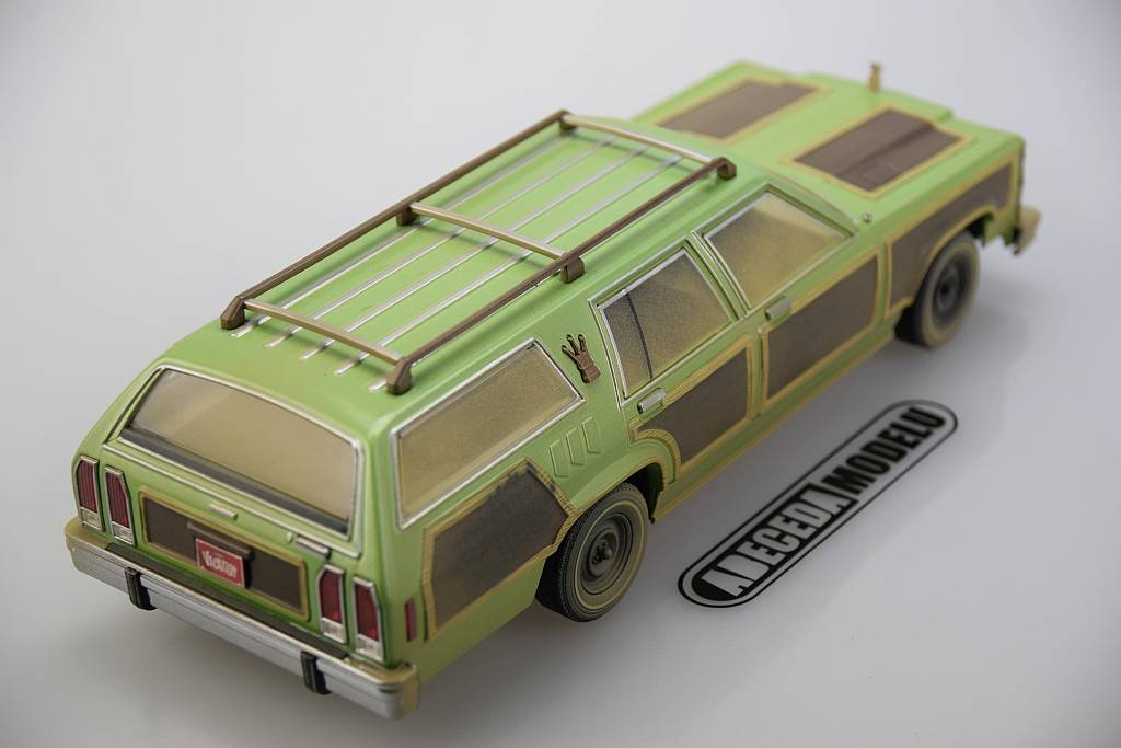 "Ford Wagon Queen ""Family Truckster"" with Luggage & Aunt Edna"