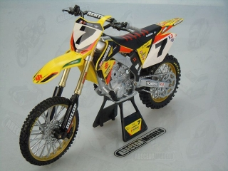 SUZUKI RM-Z450 2014 JAMES STEWART No.7