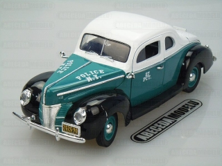 FORD DELUXE COUPE 1940 POLICE