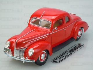 Ford Deluxe 1939 Coupe