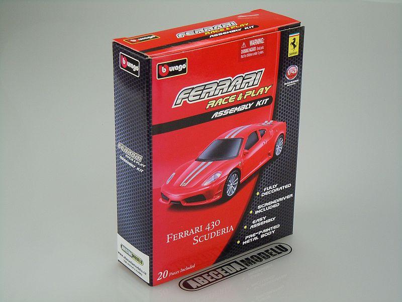 Bburago 1:43 Ferrari 430 Scuderia KIT (red) code Bburago 35207, modely aut