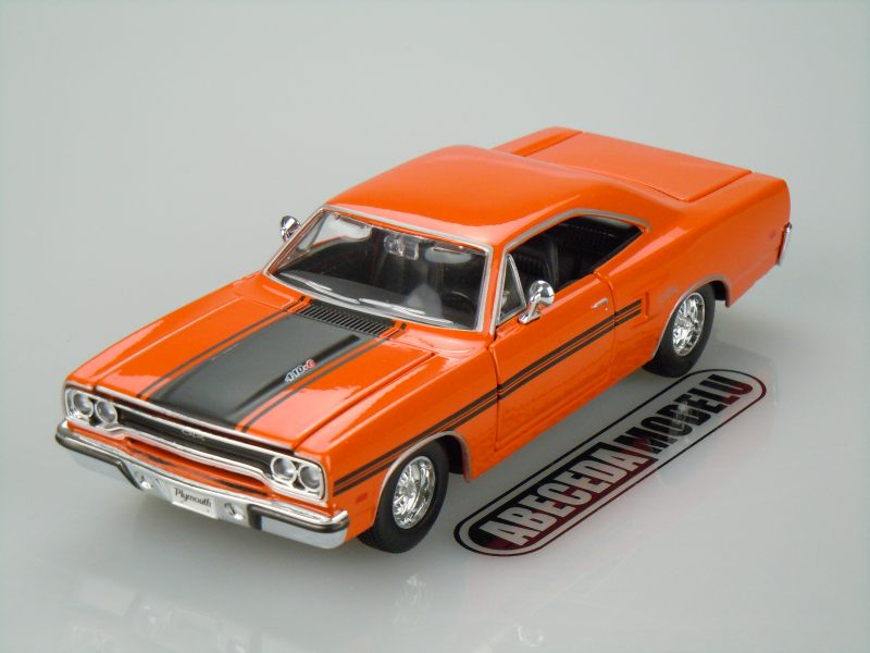 Maisto 1:25 Plymouth GTX 1970 (orange) code Maisto 31220, modely aut