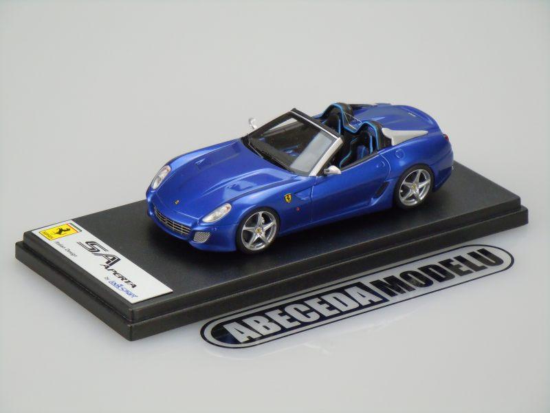 Looksmart 1:43 Ferrari SA Aperta (blue) code Looksmart LS383D, modely aut