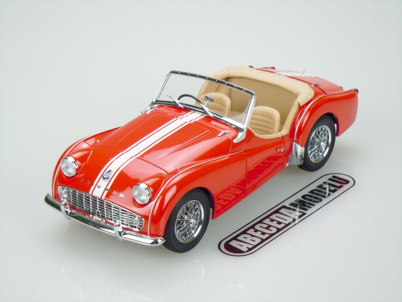 Kyosho 1:18 Triumph TR3A (red) code Kyosho 8032, modely aut