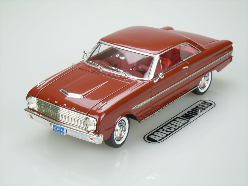 Yat Ming 1:18 Ford Falcon 1/2 1963 (brown) code Yat Ming 92688, modely aut