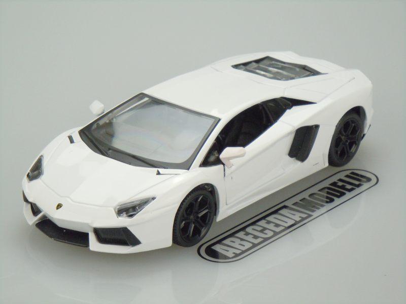 Maisto 1:24 Lamborghini Aventador LP700-4 (white) code Maisto 31210, modely aut