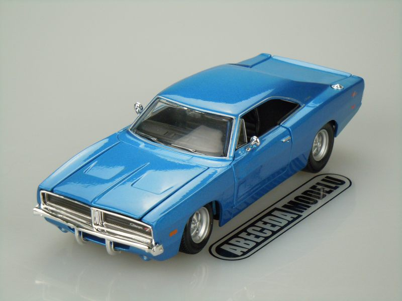 Maisto 1:25 Dodge Charger R/T 1969 (blue) code Maisto 31256, modely aut