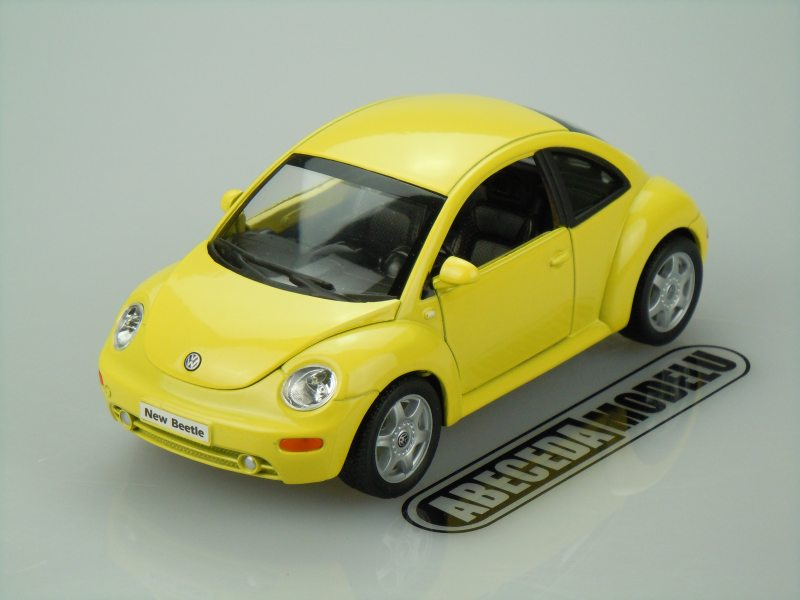 Welly 1:24 VW Volkswagen New Beetle (yellow) code Welly 22080, modely aut