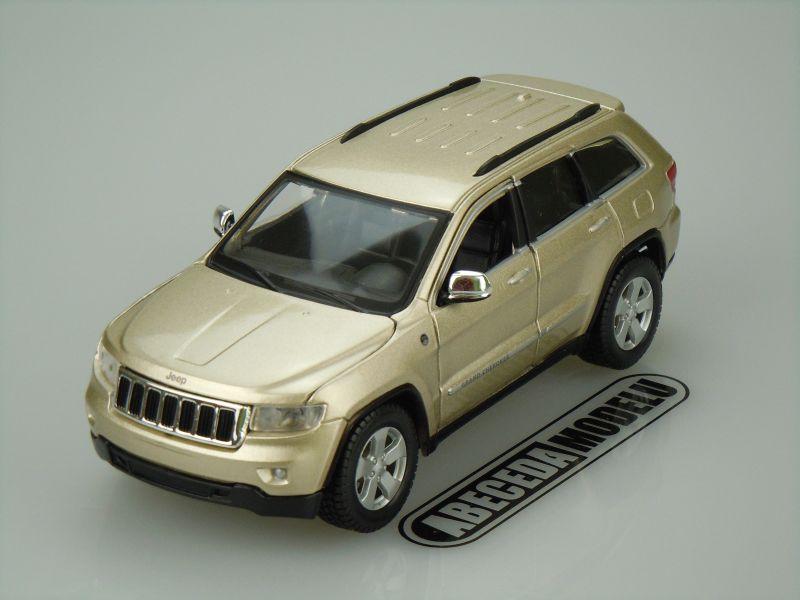 Maisto 1:24 Jeep Grand Cherokee Laredo (gold) code Maisto 31205, modely aut