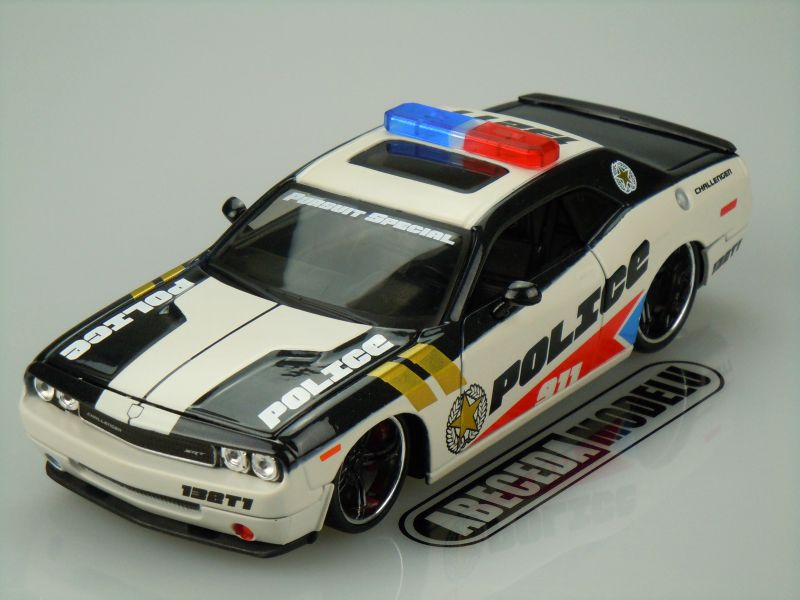 DODGE CHALLENGER SRT8 POLICE (CUSTOM SHOP)