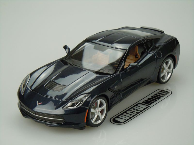 Maisto 1:18 Chevrolet Corvette Stingray 2014 (blue) code Maisto 31182, modely aut