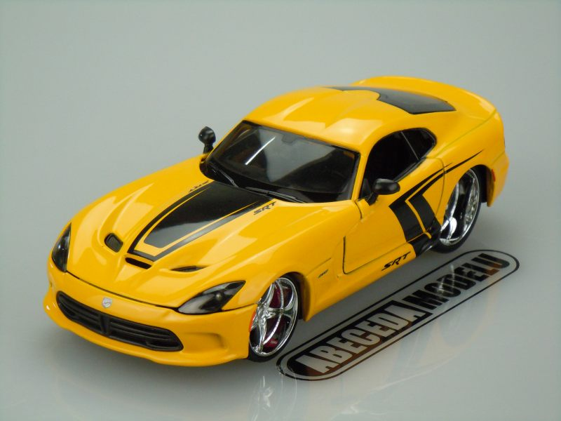 Maisto 1:24 Dodge SRT Viper GTS 2013 Custom (yellow) code Maisto 31363, modely aut