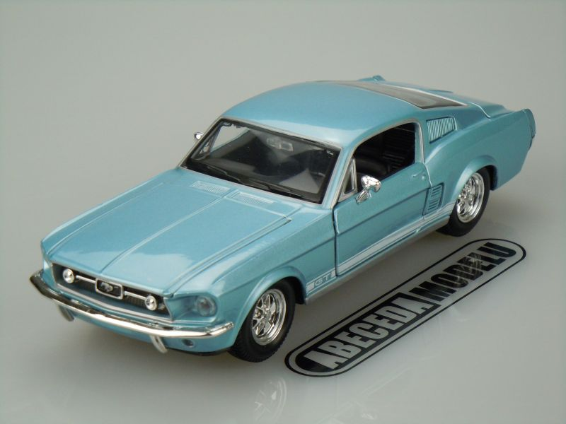 Maisto 1:24 Ford Mustang GT 1967 (blue) code Maisto 31260, modely aut