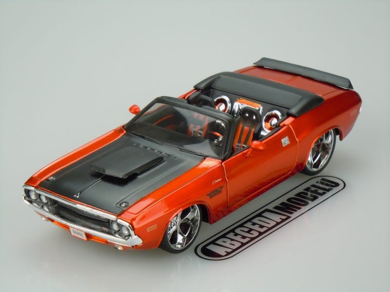 Maisto 1:24 Dodge Challenger R/T Convertible 1970 Custom Shop (orange) code Maisto 31026, modely aut