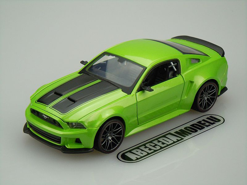 Maisto 1:24 Ford Mustang Street Racer 2014 (green) code Maisto 31506, modely aut