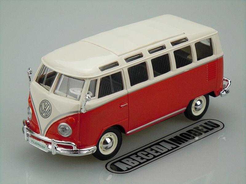 Maisto 1:24 Volkswagen Van Samba (red) code Maisto 31956, modely aut