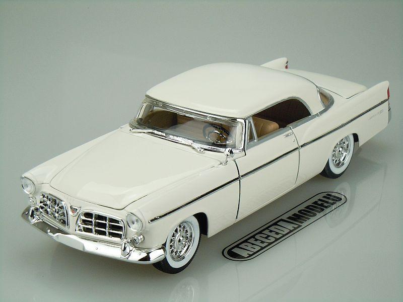 Maisto 1:18 Chrysler 300B 1955 (white) code Maisto 31897, modely aut