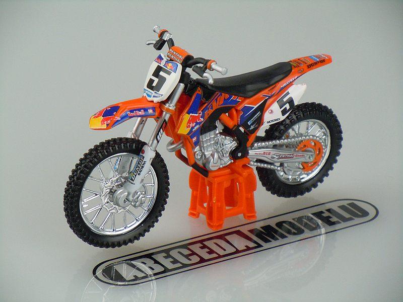 Bburago 1:18 KTM 450 SX-F 2014 No. 5 (orange) code Bburago 51072, model motocyklu