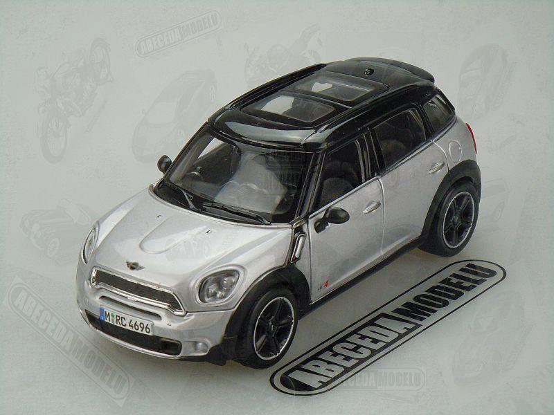 Maisto 1:24 Mini Countryman (silver) code Maisto 31273, modely aut