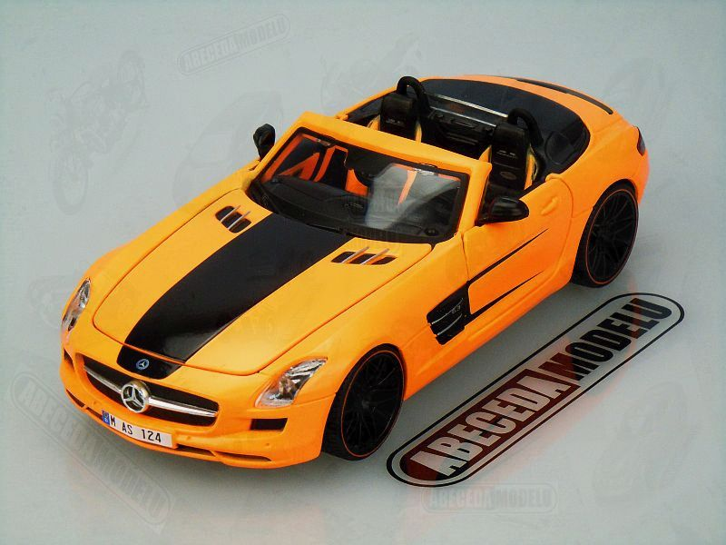 Maisto 1:24 Mercedes Benz SLS AMG Roadster Custom (orange) code Maisto 31370, modely aut