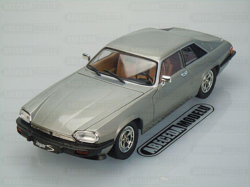 Lucky Die Cast 1:18 Jaguar XJS 1975 (grey) code LDC 92658, modely aut