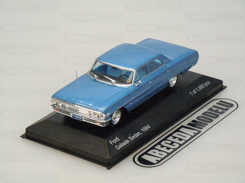 Whitebox 1:43 Ford Galaxie Sedan 1964 (blue) code Whitebox WBS132, modely aut