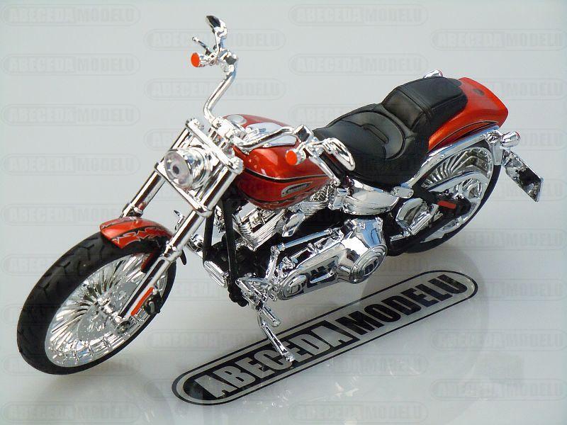 Maisto 1:12 Harley Davidson CVO Breakout 2014 (prange) code Maisto 32327, model motocyklu