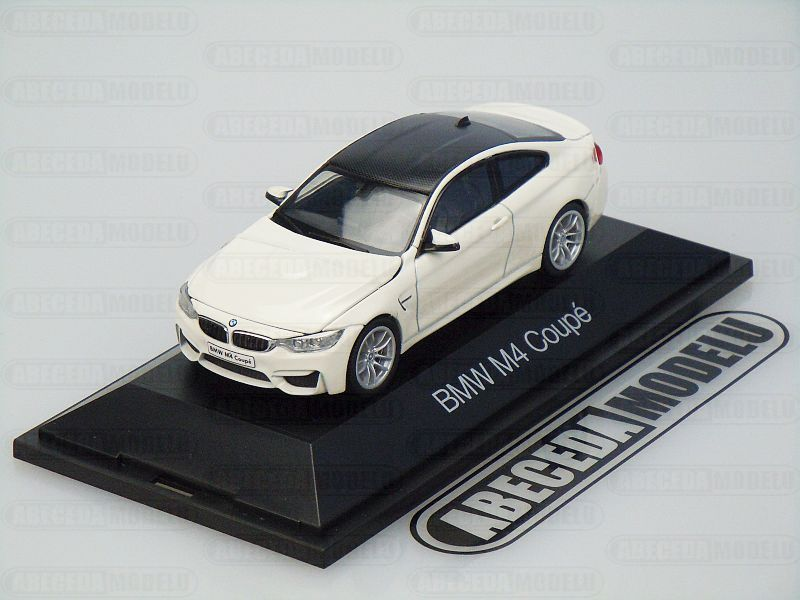 Herpa 1:43 BMW M4 Coupe (white/carbon) code Herpa 070881, modely aut