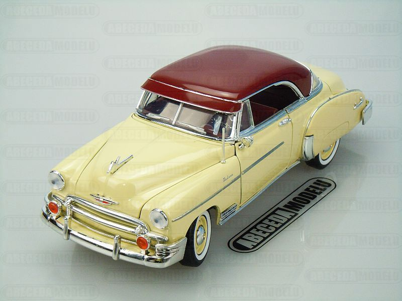 Motor Max 1:18 Chevrolet Bel Air 1950 (beige) code Motor Max 73111, modely aut