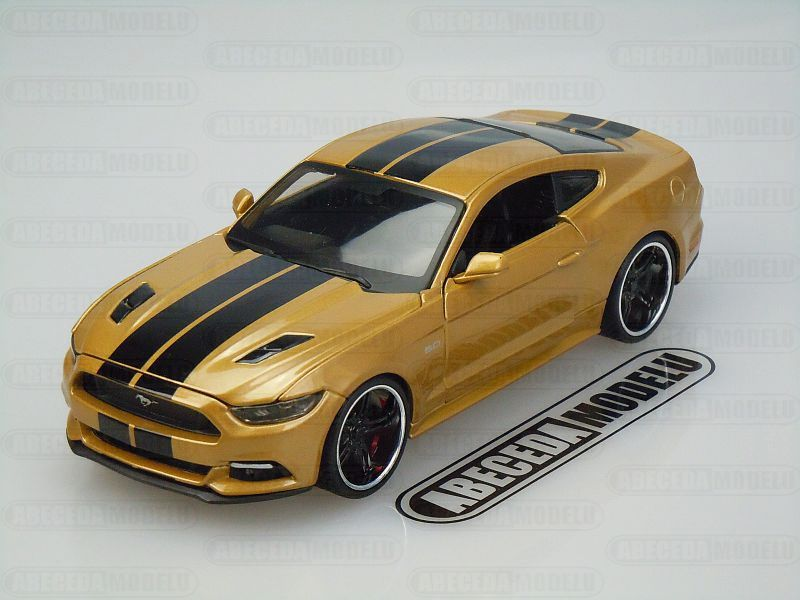 Maisto 1:24 Ford Mustang GT 2015 Modern Muscle (gold) code Maisto 31369, modely aut