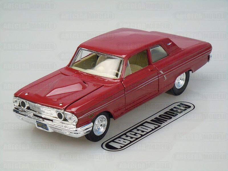 Maisto 1:24 Ford Fairlane Thunderbolt (red) code Maisto 31957, modely aut