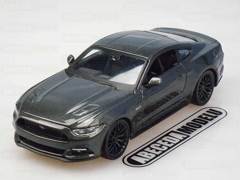 Maisto 1:24 Ford Mustang GT 2015 (grey) code Maisto 31508, modely aut