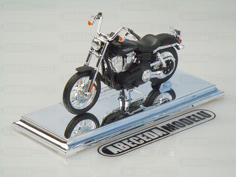 Maisto 1:18 Harley Davidson FXDBI Dyna Street Bob 2006 (black), code Maisto 39360-15966, model motocyklu