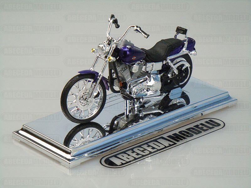 Maisto 1:18 Harley Davidson FXDWG Dyna Wide Glide 2001 (purple) code Maisto 39360-15967, model motocyklu