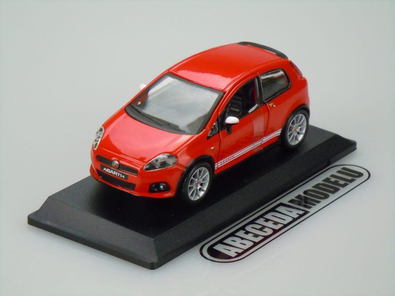 Bburago 1:32 Fiat Grande Punto Abarth (red) code Bburago 43018, modely aut