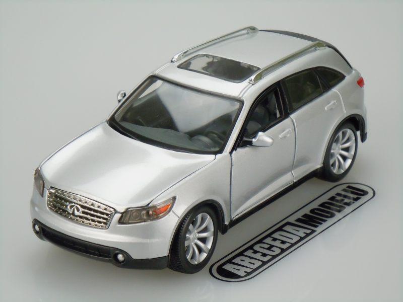 Maisto 1:24 Infiniti FX45 (silver) code Maisto 31994, modely aut