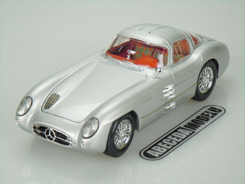 Maisto 1:18 Mercedes Benz 300SLR Uhlenhaut (silver) code Maisto 36898, modely aut