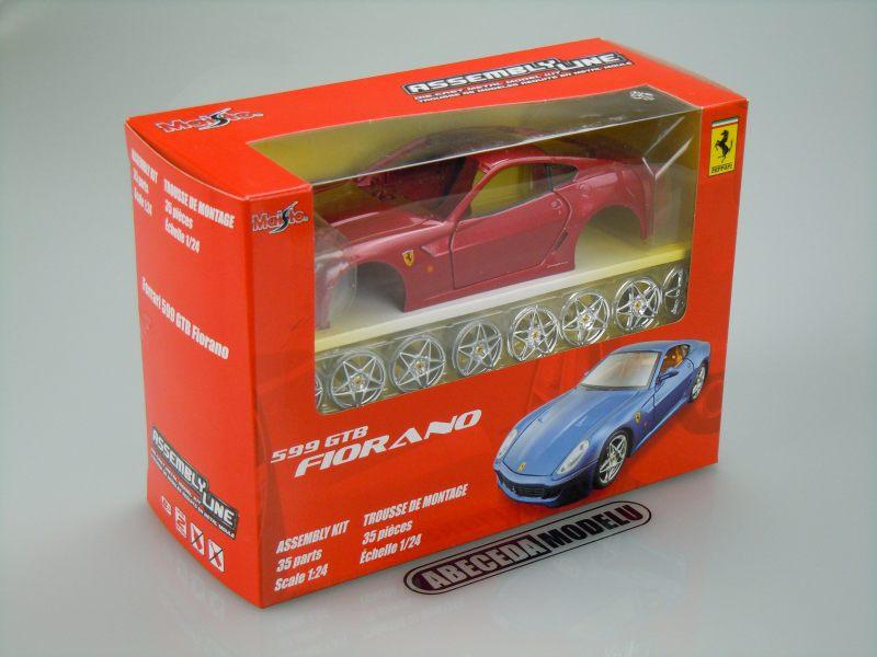 Maisto 1:24 Ferrari 599 GTB Fiorano KIT (red) code Maisto 39274, modely aut